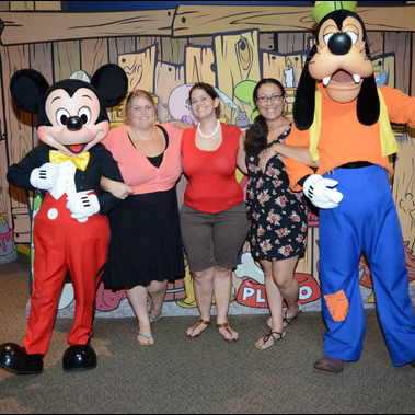 What is the Disney Visa Character Meet & Greet? Where is it located at Disney World?