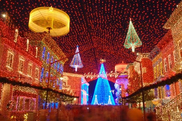 Is The Osborne Family Spectacle of Dancing Lights coming back in 2015?