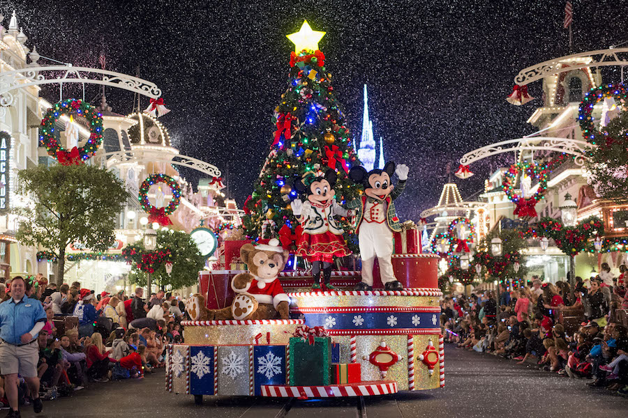 7 Tips to Help You Get the Most Out of Mickey's Very Merry Christmas Party