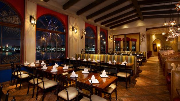 6 Epcot Dining Experiences That Offer the Best Views of IllumiNations