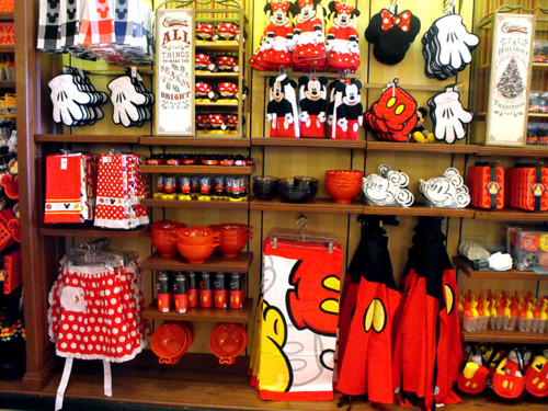 Disney World Souvenir Watch: Disney Kitchen Must Haves