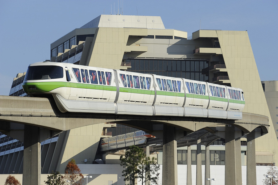 7 of Our Favorite Restaurants on Disney World's Monorail Line