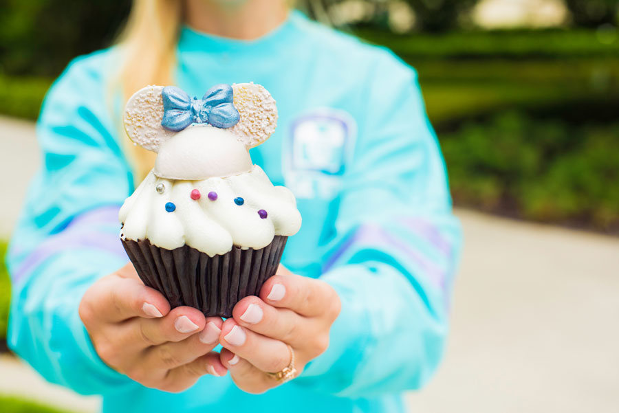 8 Iridescent Treats That You Have to Try Next Time You're at Disney