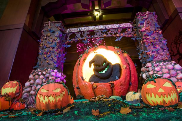 5 Ways To Celebrate Halloween At Your Disneyland Hotel