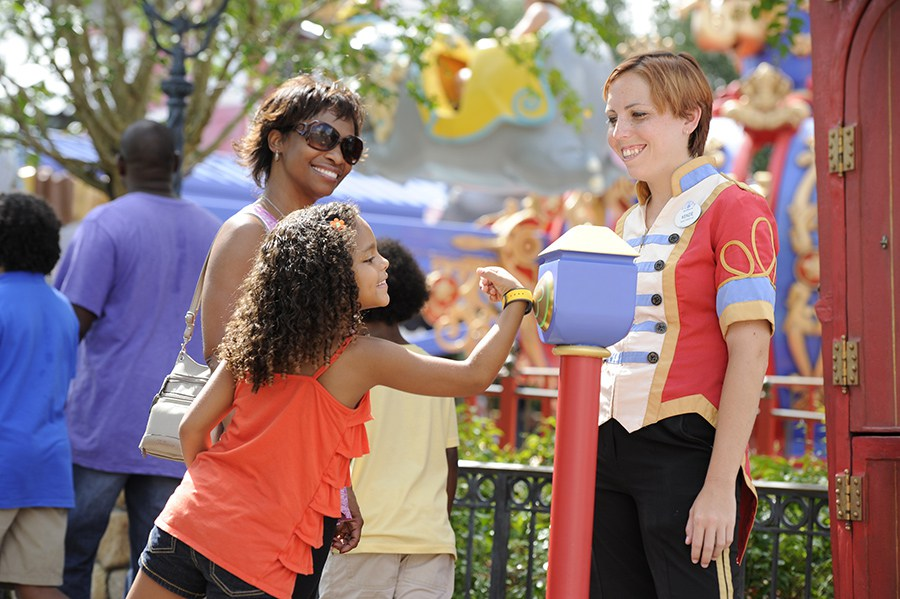Ride More, Wait Less: Our Comprehensive FastPass Advice
