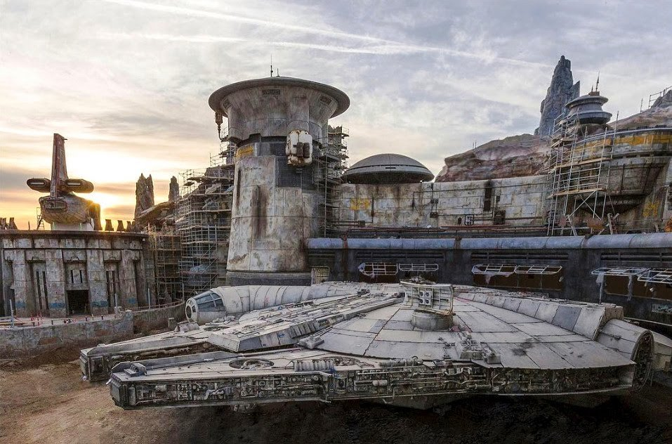 5 Reasons to Fall in Love with Galaxy's Edge