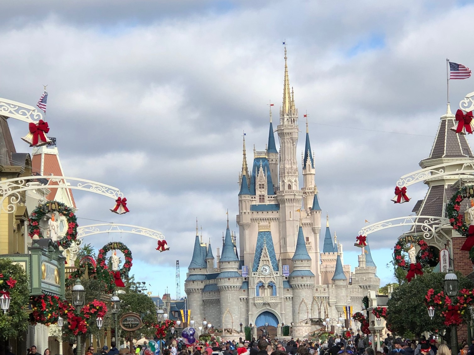 5 Great Reasons To Visit the Walt Disney World Resort during the 2019 Holiday Season