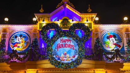 What Does Disneyland Paris Do For Christmas?