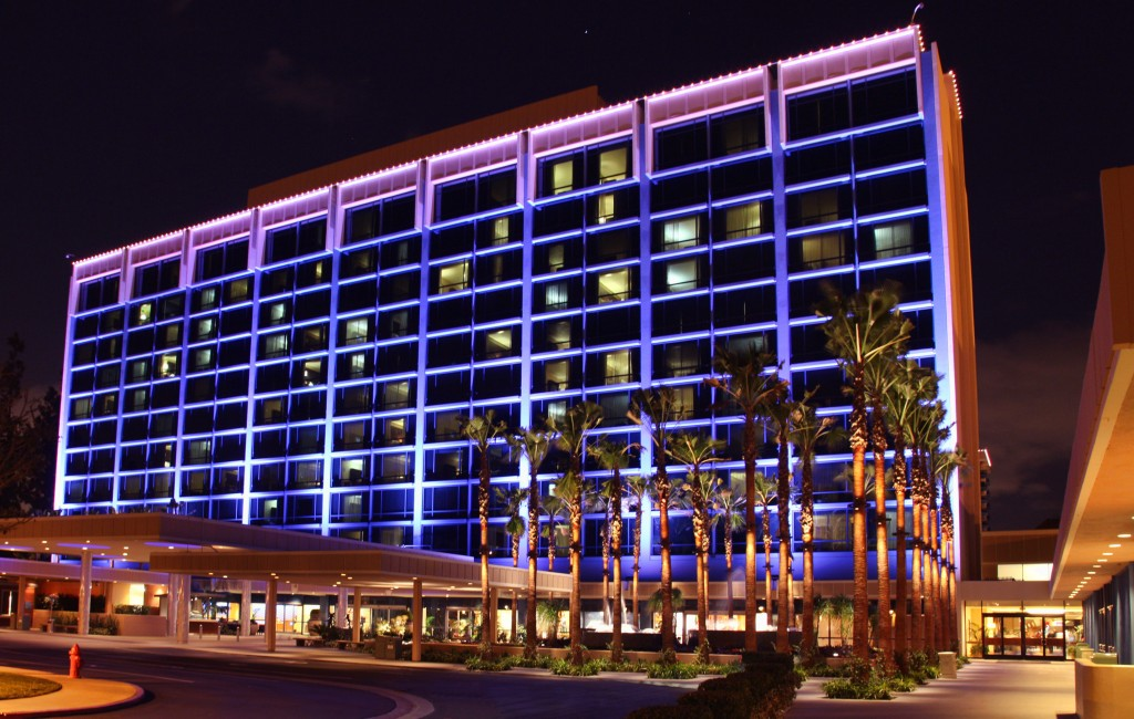 5 Reasons to Stay at the Disneyland Hotel