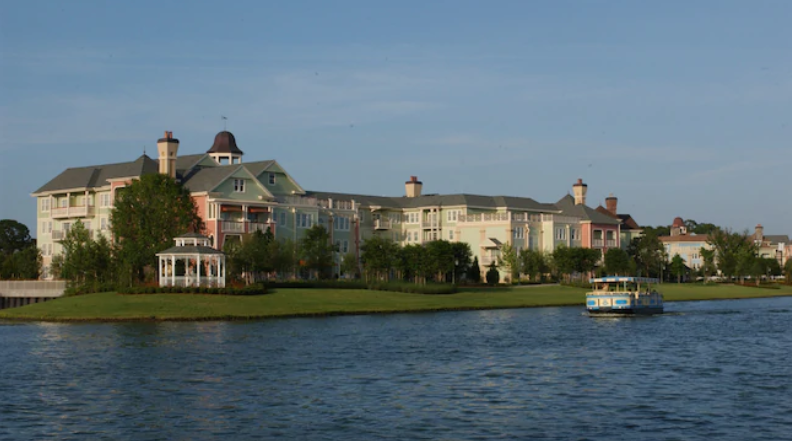 Top 5 Reasons to Stay at Disney's Saratoga Springs Resort and Spa