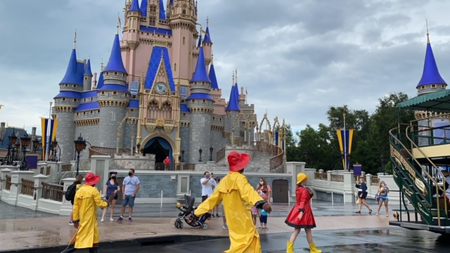What should I do if it rains at Magic Kingdom?