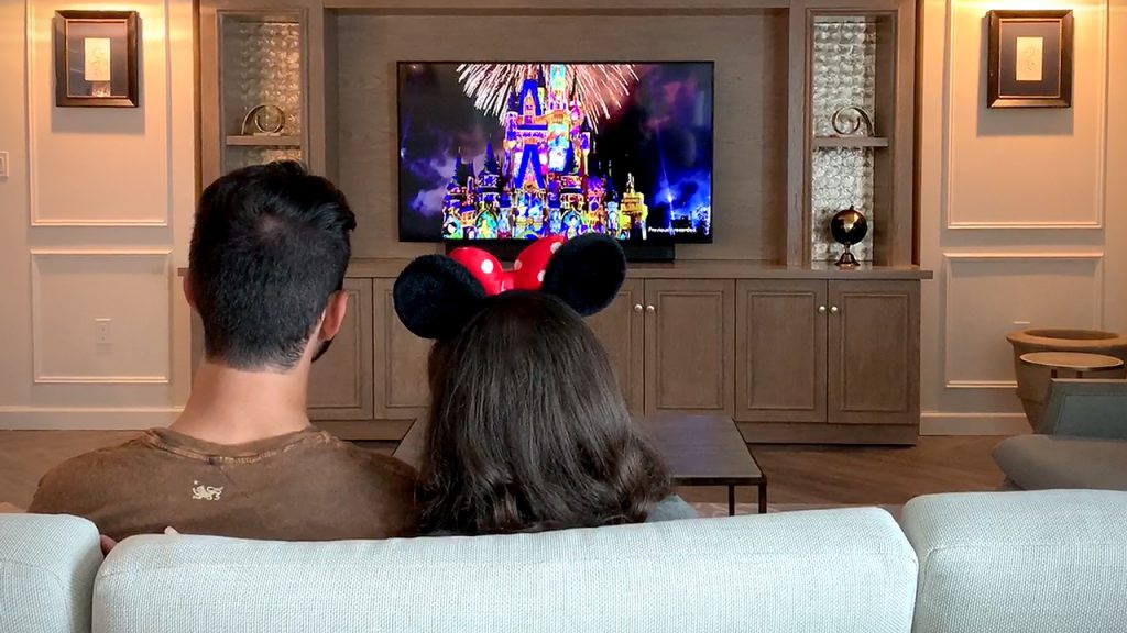 """Enjoy """"Happily Ever After"""" Virtual Fireworks And Other Cool Tech At Walt Disney World Hotels!"""