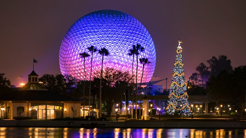 A Guide to All the Live Entertainment Coming to EPCOT's International Festival of the Holidays